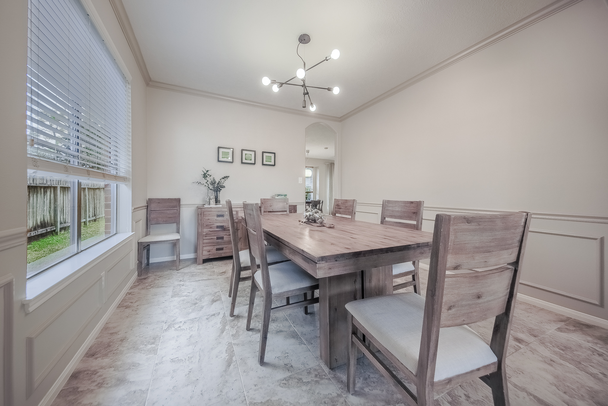 Houston Home Stagers - Staging the dining room